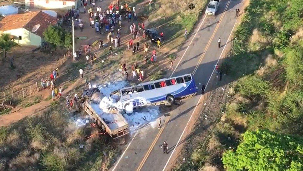 grave acidente ônibus campo sales ceará